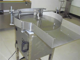 Rotary Bottle Unscrambler (auxiliary machine for filling capping machine)